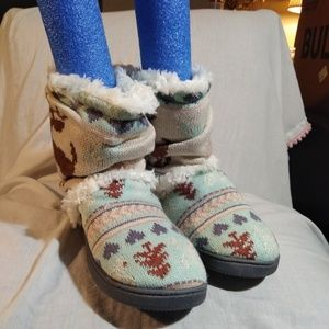 Muk Luks Multicolored Knitted Slippers